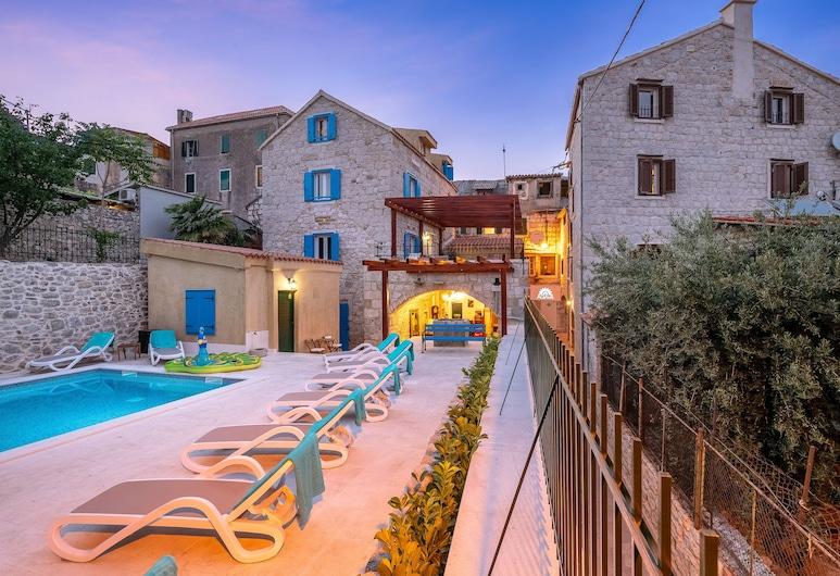 Hotel Agava, Split, Hotel Front