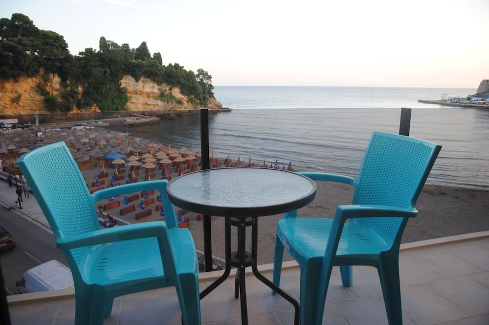 One-Bedroom Apartment with Balcony Sea View - Balkon