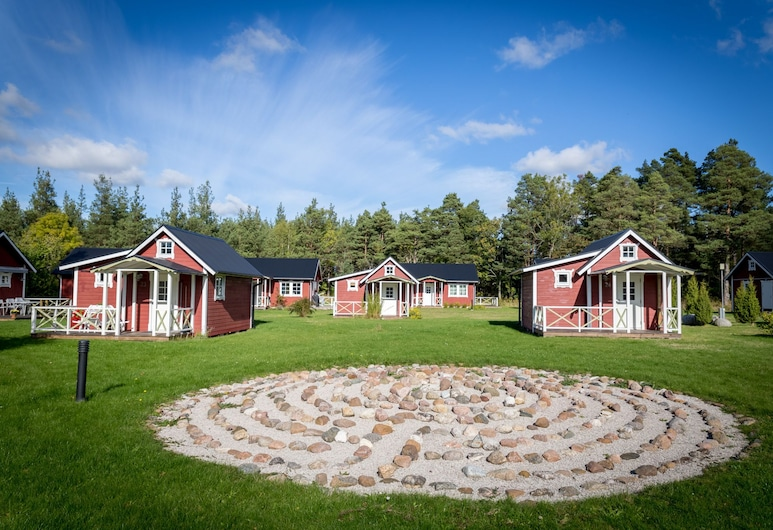 Björkhaga By, Klintehamn