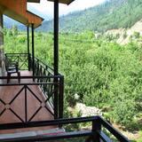 Chambre Double Classique, 1 très grand lit, balcon, vue montagne - Balcon