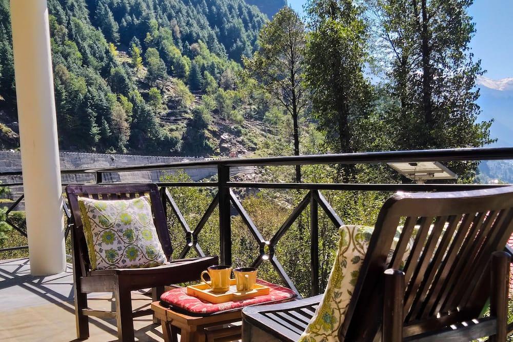Chambre Double Premium, 1 très grand lit, balcon, vue montagne - Vue depuis le balcon