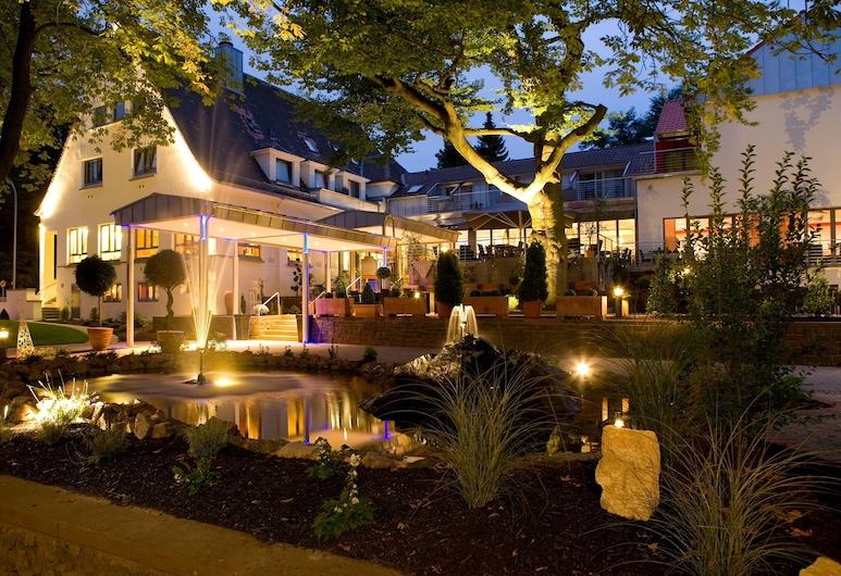 Parkhotel Völklingen, Voelklingen, Facciata hotel (sera/notte)