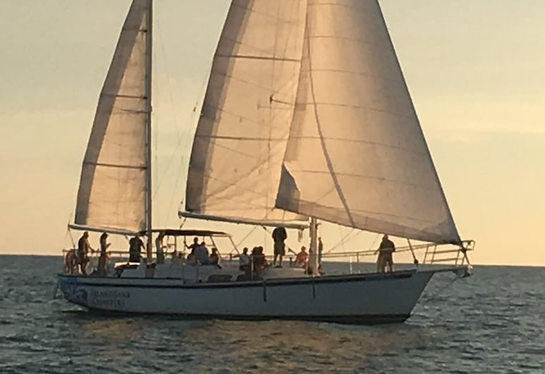 Duval Gardens, Key West, Boating