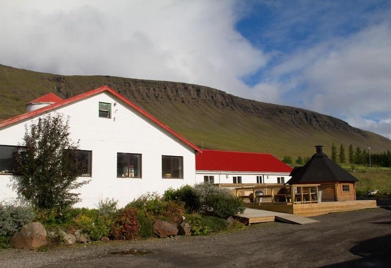 Guesthouse Hof in Vatnsdalur, Блондуос
