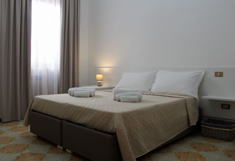 Glem B&B, Racale, Double or Twin Room, Shared Bathroom (Mirto), Guest Room