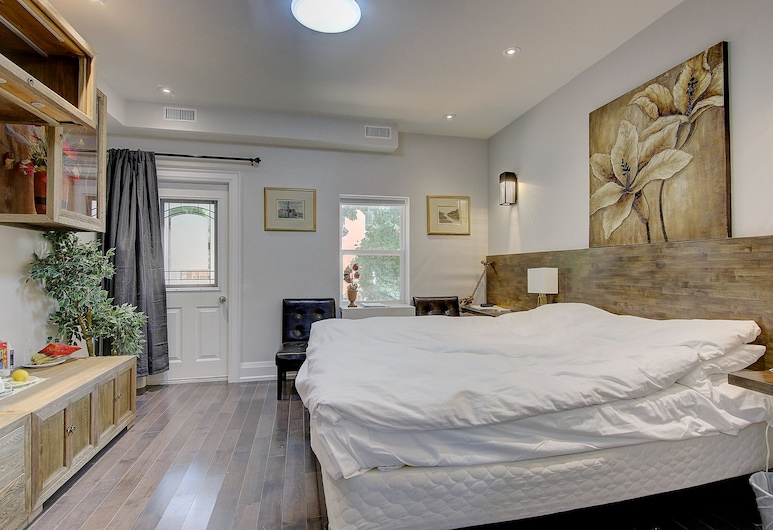 Spadina Guesthouse, Toronto, Standard Room, 1 Queen Bed, Non Smoking, Guest Room