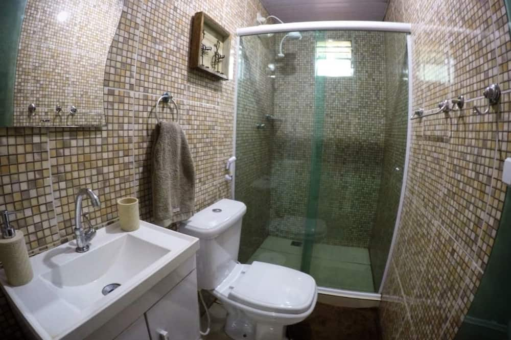 Loftsværelse - Badeværelse