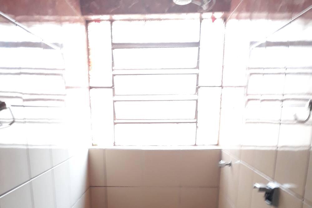 Family Room, Private Bathroom - Bathroom