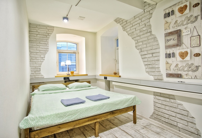 Hostel Author , Moscow, Basic Double Room, 1 Queen Bed, Guest Room