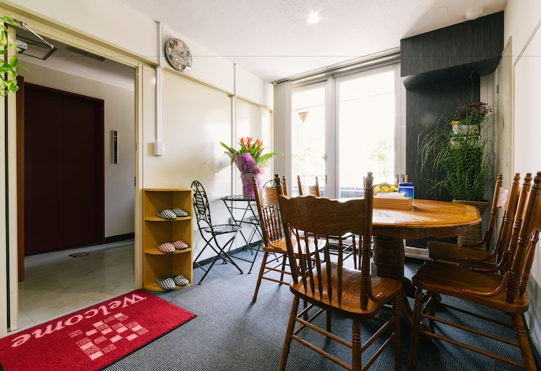 Guesthouse Chiharu - Hostel, 福岡市, ロビー