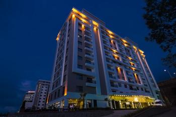 תמונה של Royal Axis Suites Hotel Trabzon בטראבזון