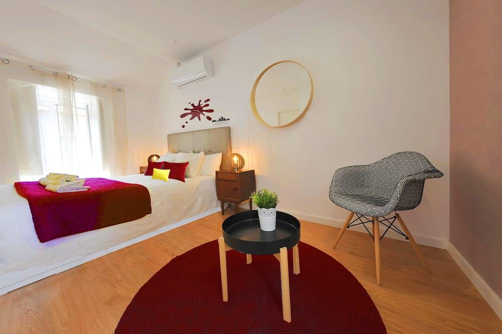 Rumah Comfort, 1 kamar tidur, teras - Kamar Tamu