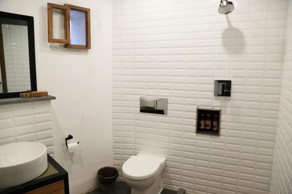 エコノミー シングル ルーム 1 ベッドルーム - バスルーム