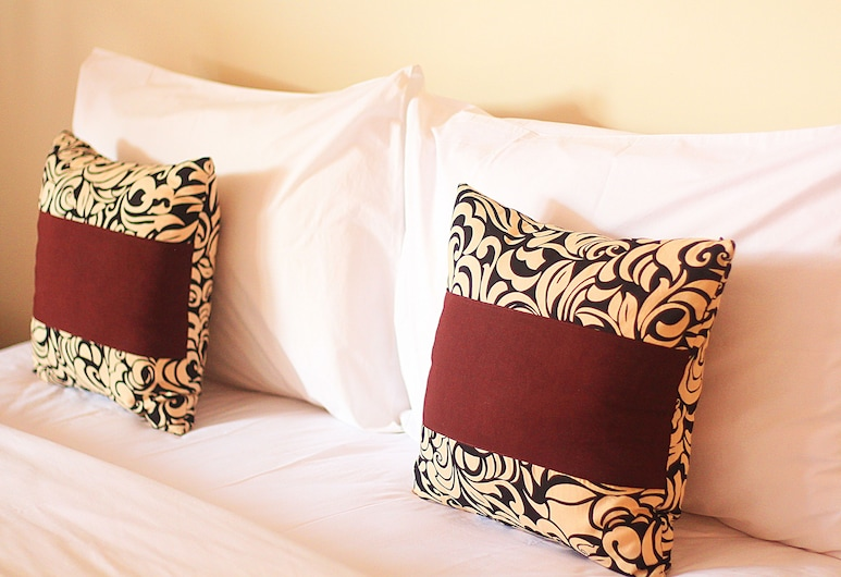 Sweet Corner Guest House, Denpasar, Superior Double Room, Guest Room