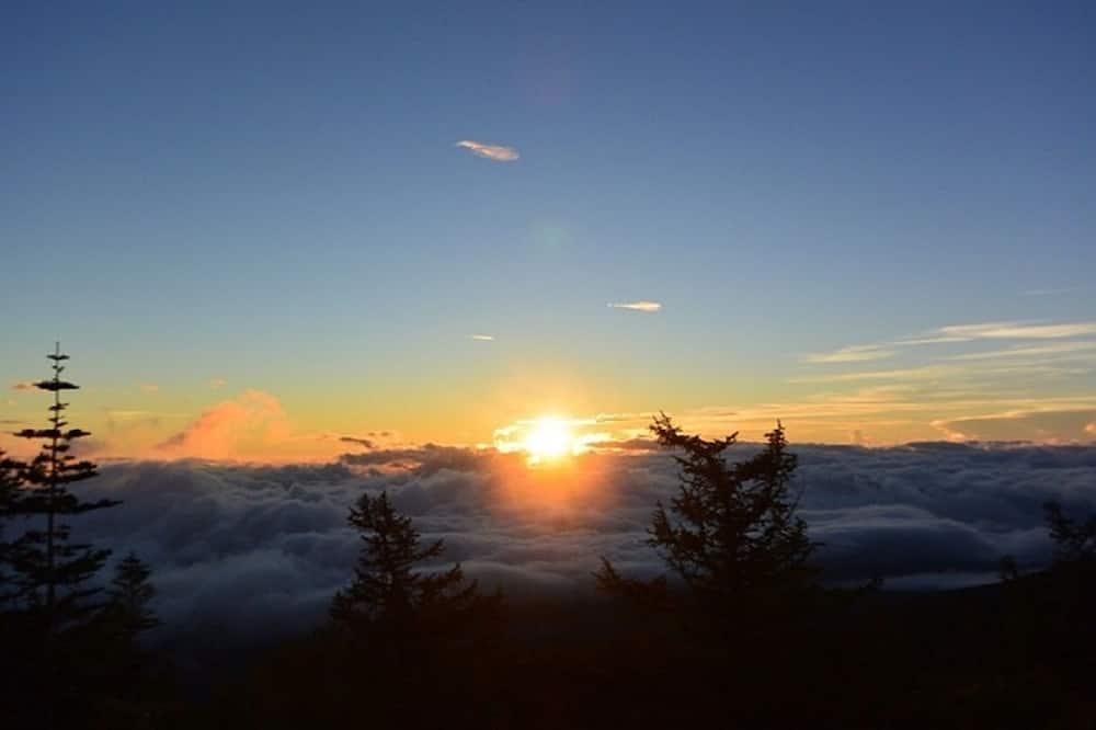 Kilátás a hegységre