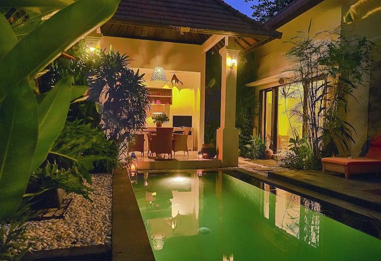 Garden Villas Seminyak, Seminyak, Villa, 2 slaapkamers, Terras