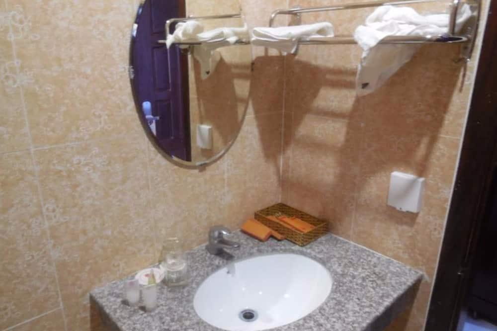 Elitinės klasės kambarys (Single Bed) - Vonios kambarys
