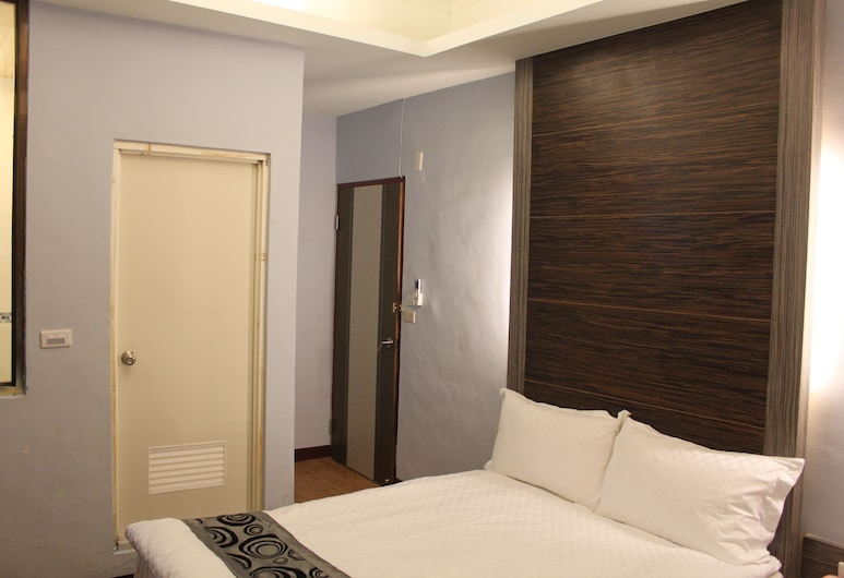 Shan Shui Hotel, Hualien City, Basic Quadruple Room, 2 Double Beds, Guest Room
