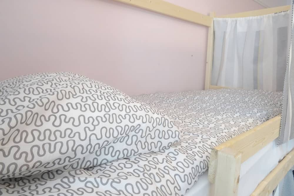 Room, Men only ( 8-Bed Male Dormitory) - Guest Room