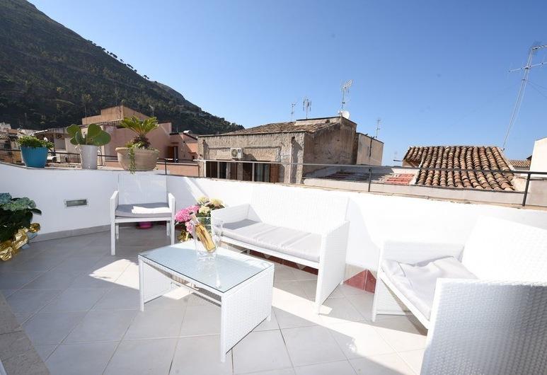 Palazzo Taormina, Castellammare del Golfo, Apartment, Terrace, Terrace/Patio