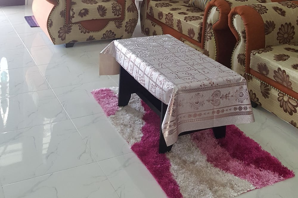 บ้านพัก, 4 ห้องนอน - ห้องนั่งเล่น