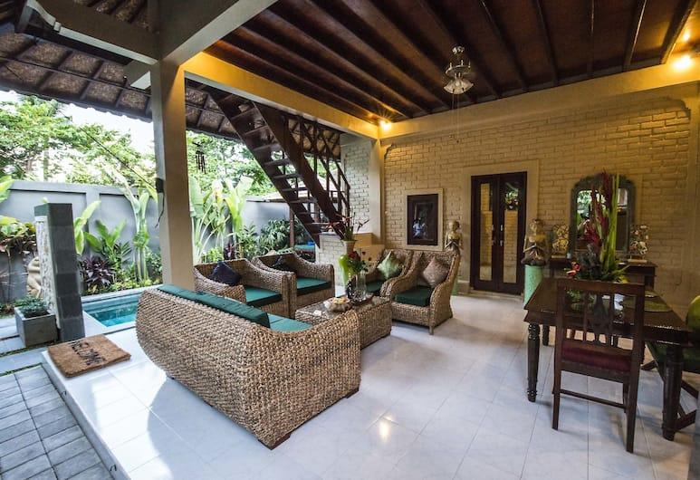 Enjoying Life Villa at Bintang, Seminyak, Traditionele villa, 2 slaapkamers, gemeenschappelijke badkamer, Aan het zwembad, Woonruimte
