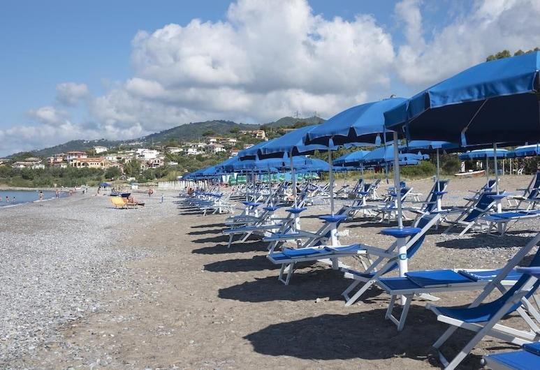 أوتل رويال, فيبوناتي, الشاطئ