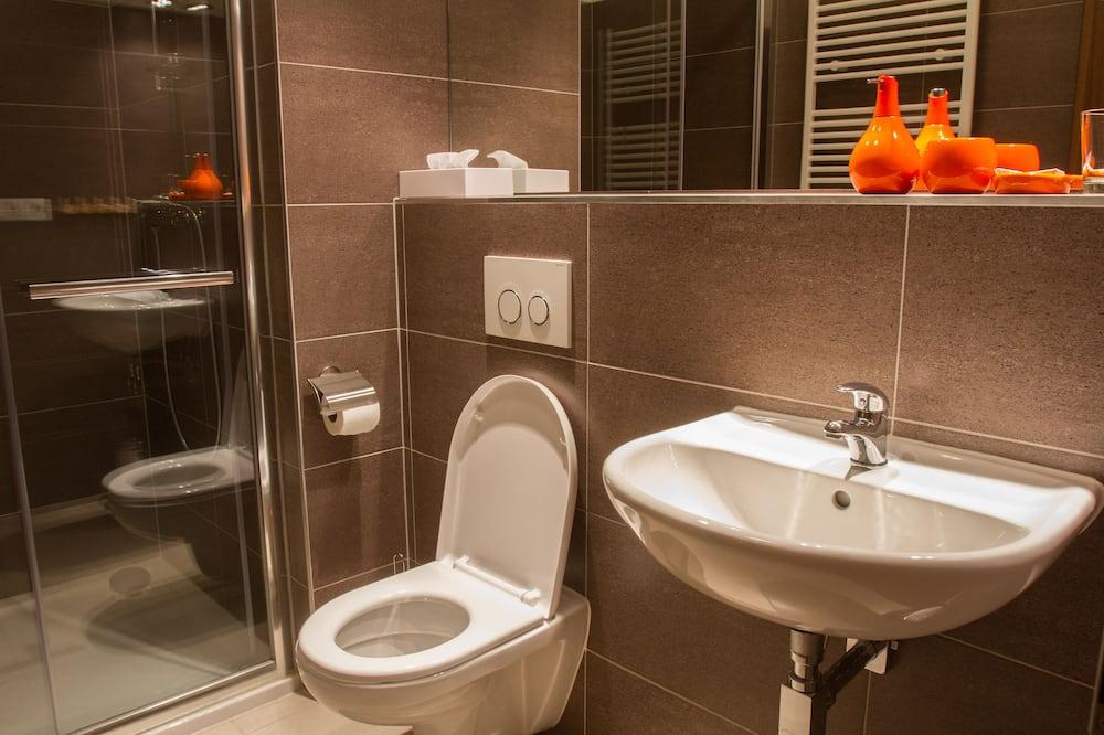 Comfort Duplex, Slope side - Bathroom