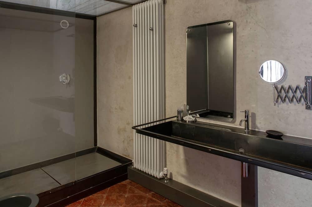 Išskirtinio dizaino numeris - Vonios kambarys
