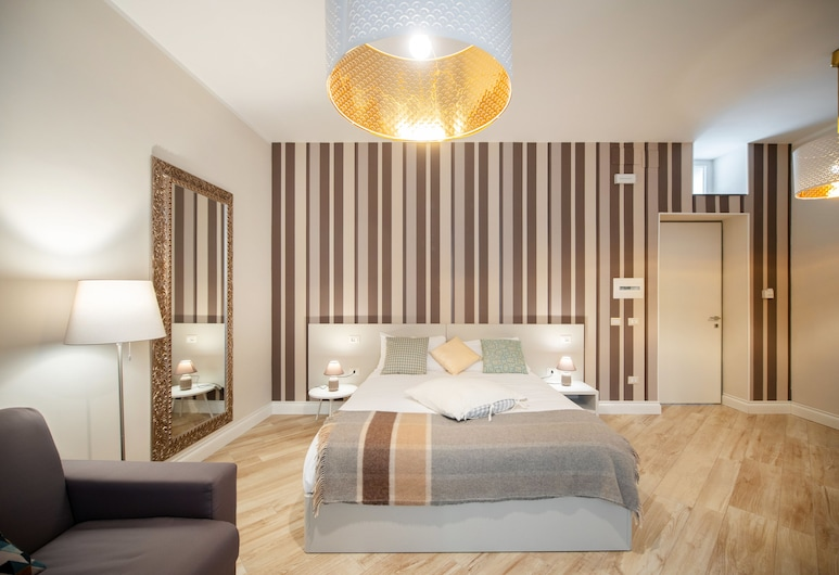 是好房酒店, 那不勒斯, 舒適四人房, 客房