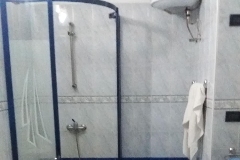 Kamar Twin Basic, 1 kamar tidur, pemandangan kebun - Kamar mandi
