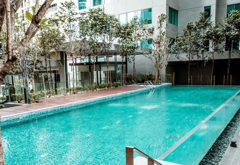 Inspired Homes @ KLCC Mercu Summer Suite, Kuala Lumpur, Kolam Renang Luar Ruangan
