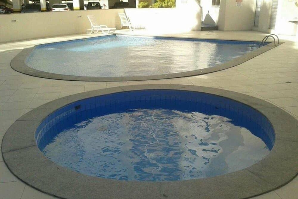 傳統公寓 - 兒童泳池