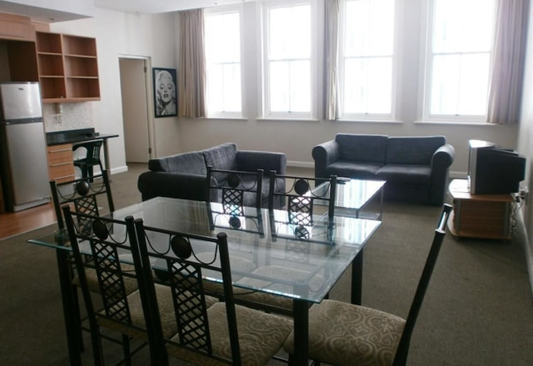 Glaston House, Cape Town, Apartment, 1 Bedroom, Living Area