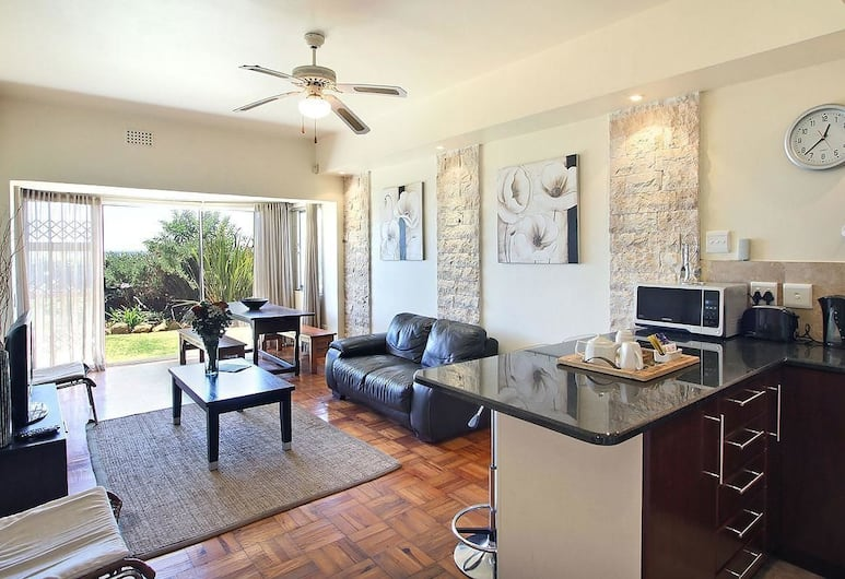 Edward Court 2 Bedroom, Cape Town, Apartment, 2 Bedrooms, Living Area