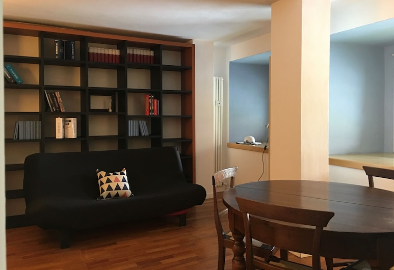BARDI, Florence, Basic Apartment, 1 Bedroom, Living Room