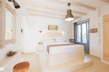 Picture of Ampelos Resort Hotel in Naxos
