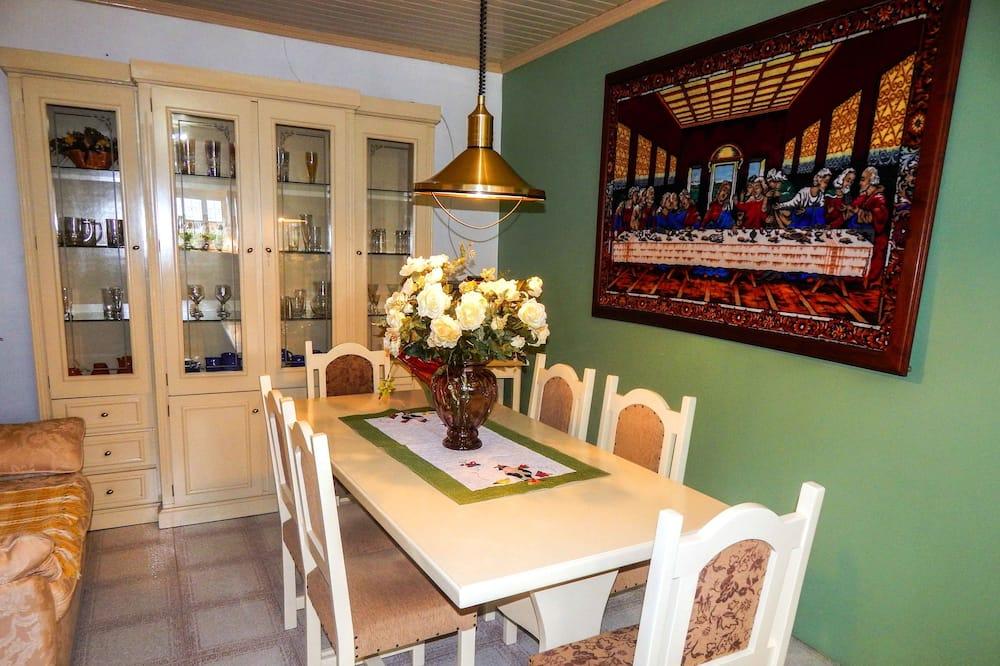 家庭單棟房屋, 3 間臥室 - 客房內用餐