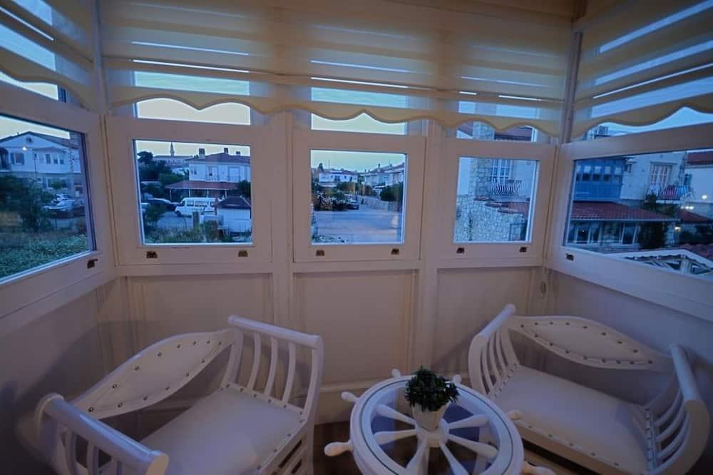 Double Room, Bay Window - Περιοχή καθιστικού