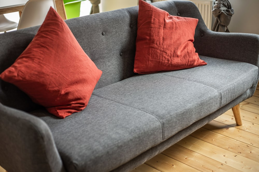 شقة بتصميم مميز - غرفة نوم واحدة - لغير المدخنين - بمطبخ - منطقة المعيشة