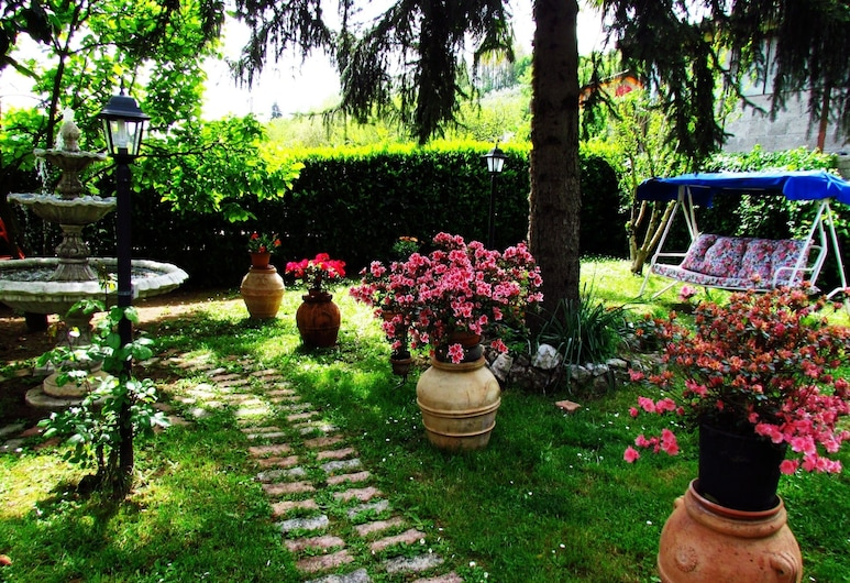B&B Casa del Girasole, Genazzano, Jardín