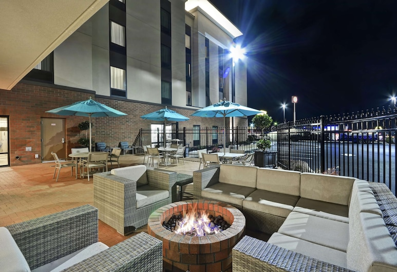 Hampton Inn & Suites Grants Pass, OR, Grants Pass, Terasa / vidinis kiemas