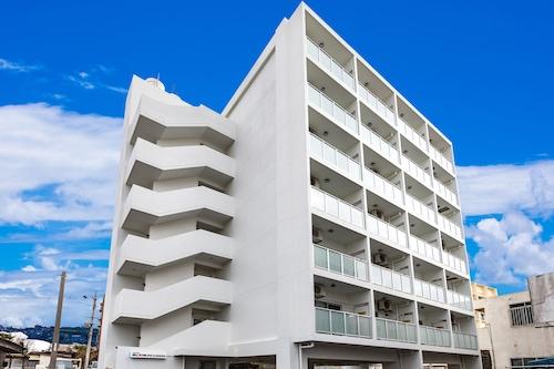 名護利卡公寓飯店/