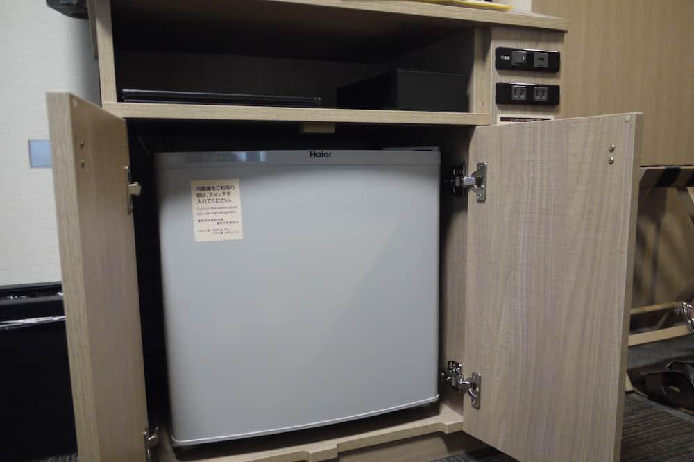 Vienvietis kambarys, Rūkantiesiems - Mažas šaldytuvas