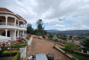ภาพ Step Town Hotel ใน คิกาลี