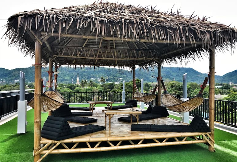 Gamers Paradise Hotel, Chalong, Terrasse/Patio