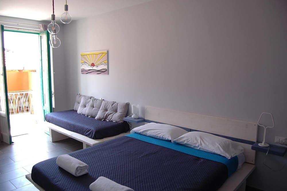 Třílůžkový pokoj, balkon - Pokoj