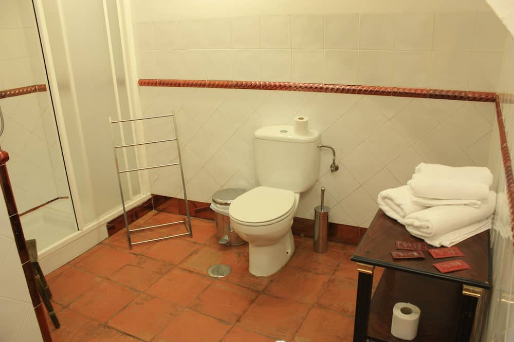 Superior Double Room, 2 Twin Beds, Balcony (4) - Banyo
