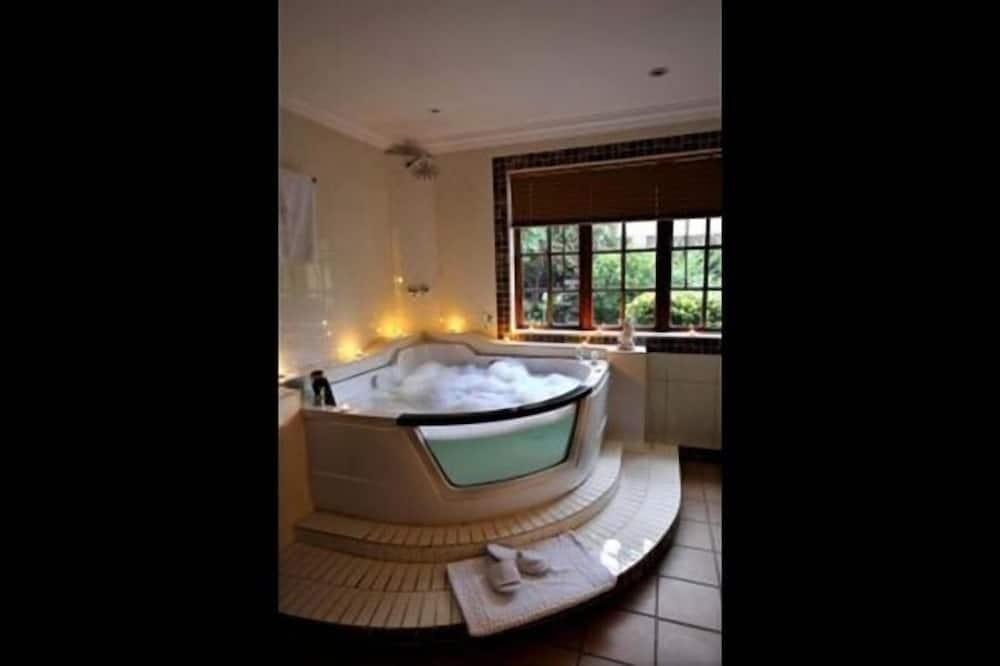 Luxury SPA Suite (3) - 浴室