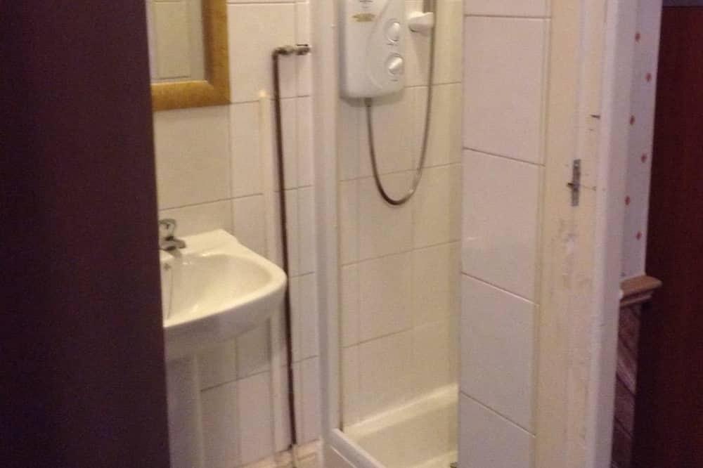 Phòng 4 Tiêu chuẩn - Phòng tắm